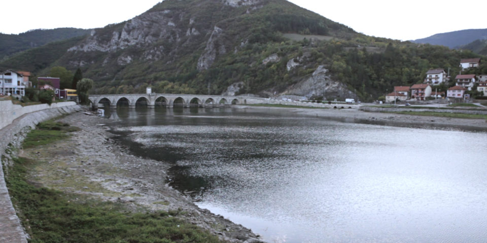 ponte e fiume